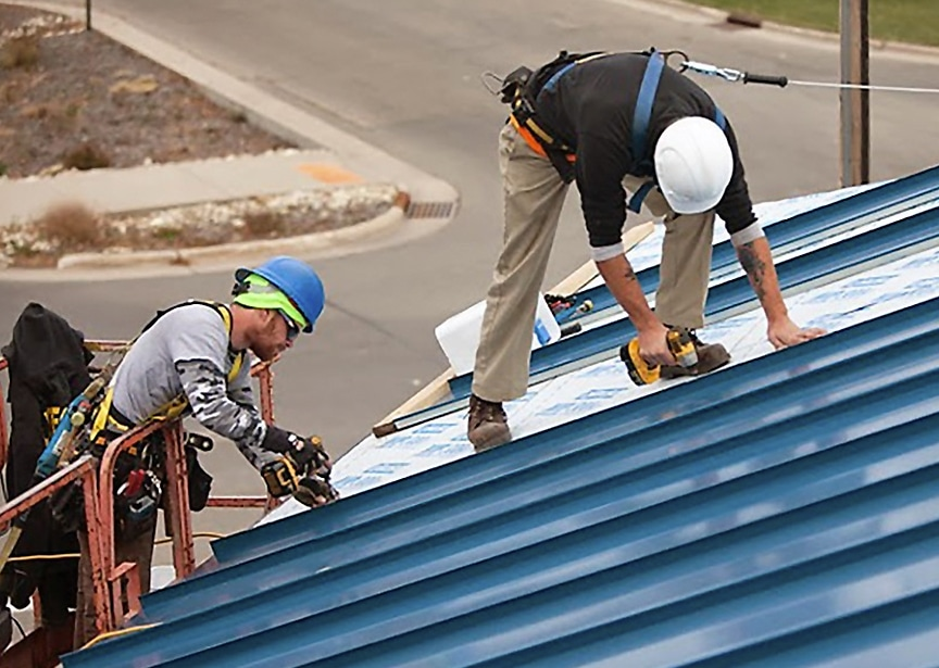 Metal Roofing vs Shingle Roofing: Which Should I Choose: Fewer Qualified Contractors