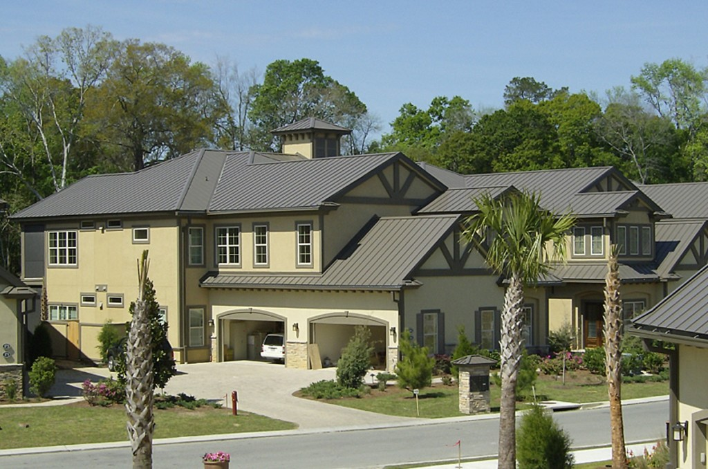 What is Standing Seam Metal Roofing? Comparisons, Types, & Uses: Featured