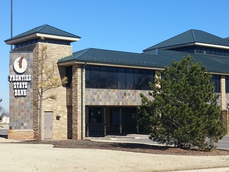 Commercial Metal Roof Project: Frontier State Bank